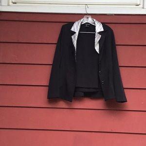 B8) skirt suit